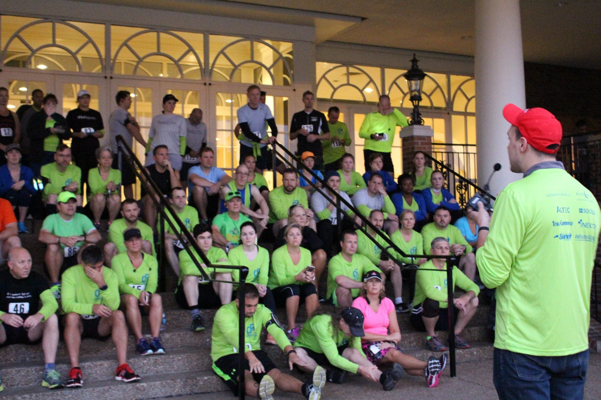 2017 deFacto 5k: Run to End Hunger   deFacto Global Inc